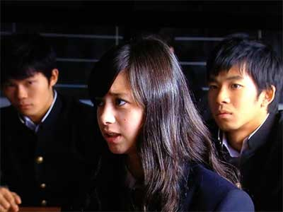 中条あやみ ドラマ 黒の女教師
