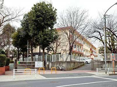 横浜市立鶴ヶ峰小学校
