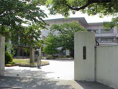 京都市立上京中学校